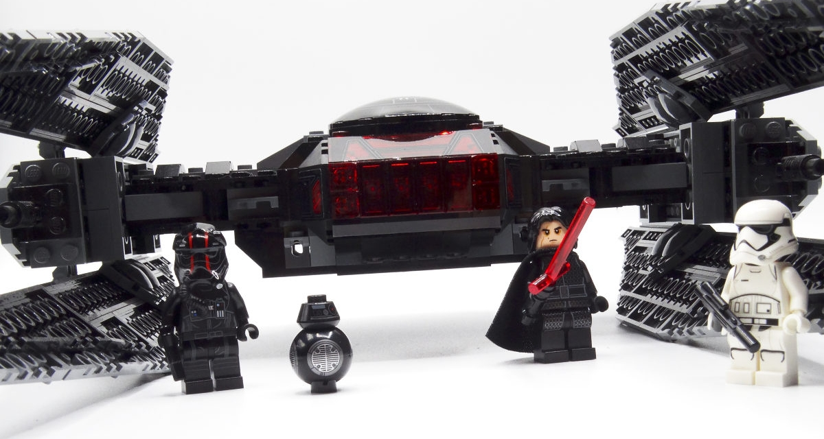 "<span lang=""en"">Review: LEGO Star Wars Kylo Ren's TIE Fighter</span> 75179 (2017)"